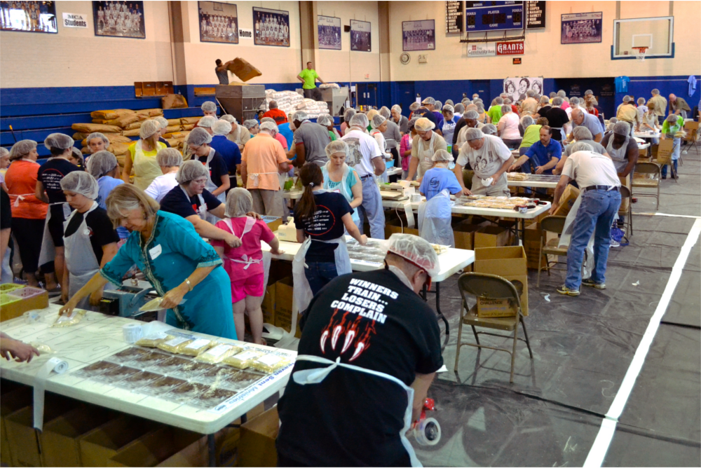 Crowd-Working-hunger-challenge-mercer-county-west-virginia